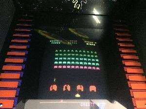 501-SPACE_INVADERS_PART2-gamen2.jpg